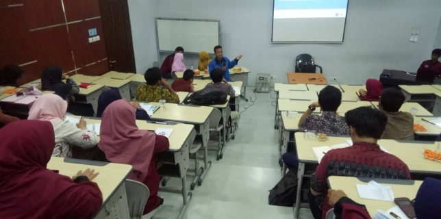 Training and Brainstorming PKM DIKTI
